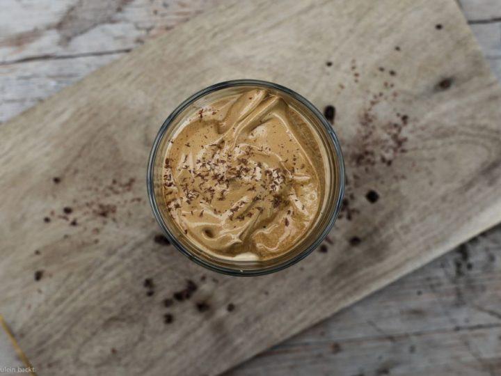 Ein herrlich frischer Dalgona-Kaffee